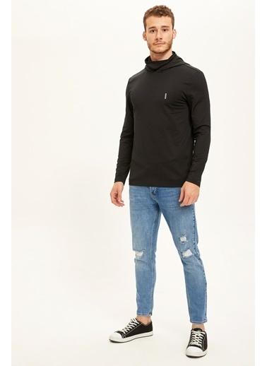 Defacto –Fit Kapüşonlu Slim Fit Spor Sweatshirt Siyah